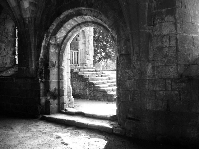 stone-1738_640